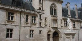Palais Jacques C�ur