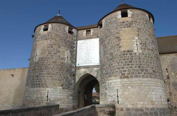 Chateau de dourdan xiiie siecle adresses horaires tarifs - Office de tourisme dourdan ...