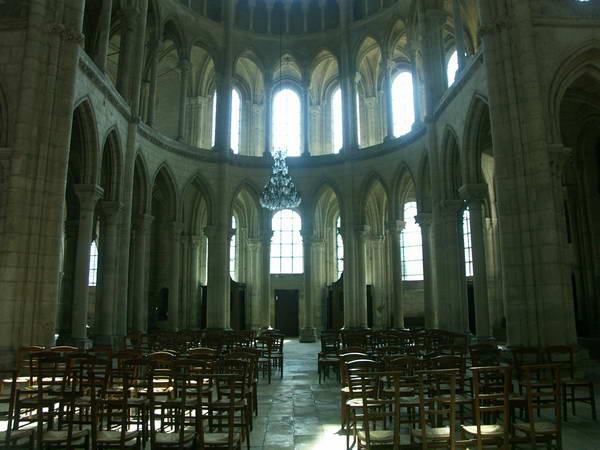 Cathedrale de soissons xiie xive siecle adresses horaires tarifs - Horaire piscine soissons ...