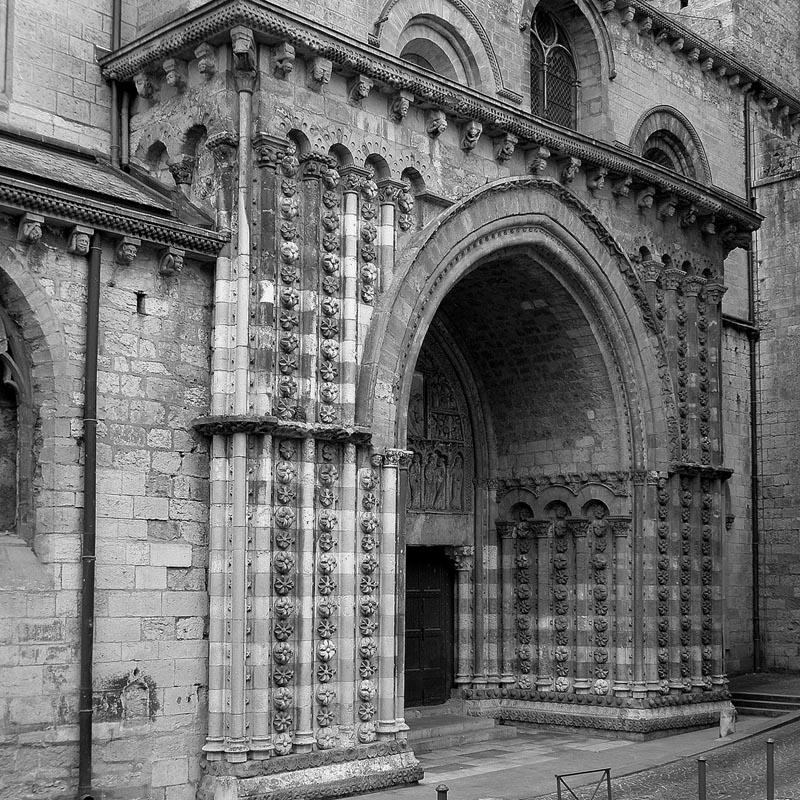 Cath drale saint tienne de cahors xiie xve si cle adresses horaires tarifs - Cathedrale saint etienne de cahors ...