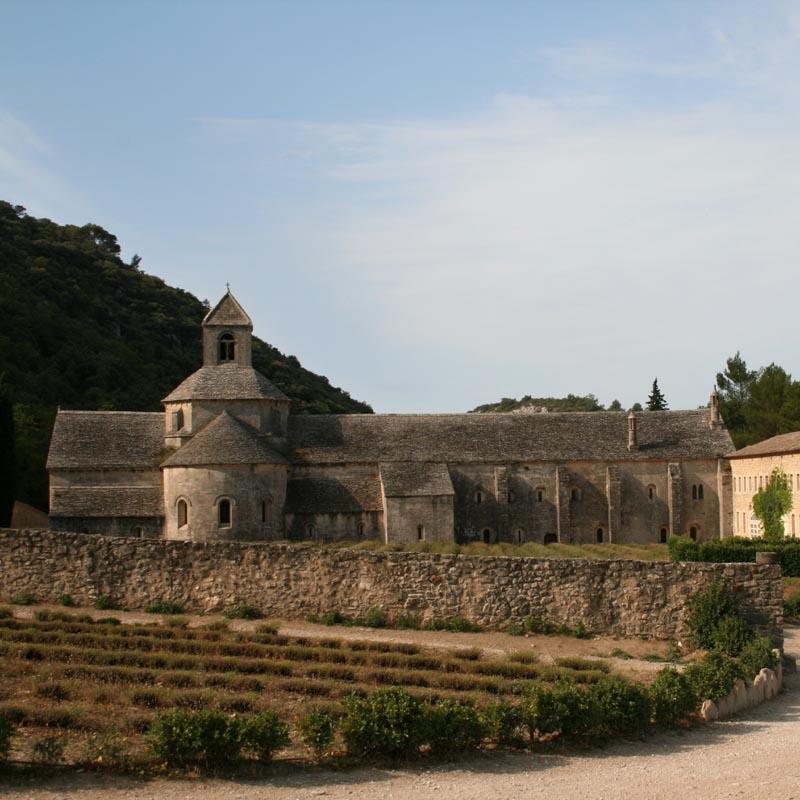 Abbaye de senanque xiie xiiie siecle adresses - Abbaye de citeaux horaires des offices ...