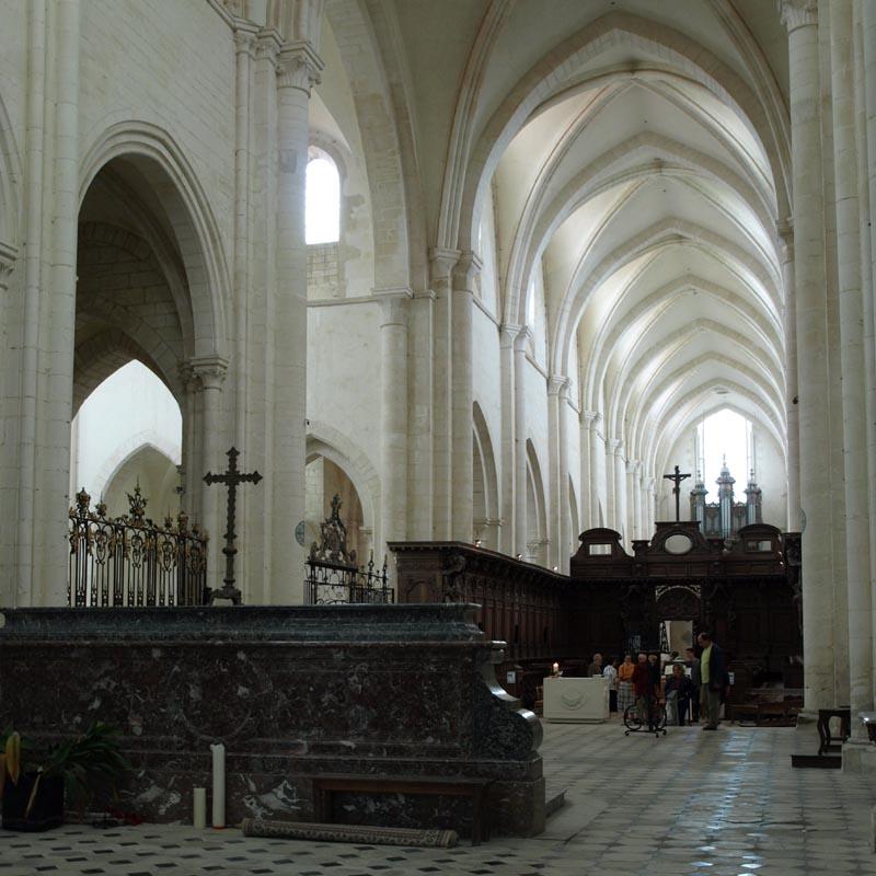 Abbaye de pontigny xiie si cle adresses horaires tarifs - Abbaye de citeaux horaires des offices ...