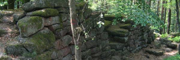 Mur pa�en du Mont-Saint-Odile